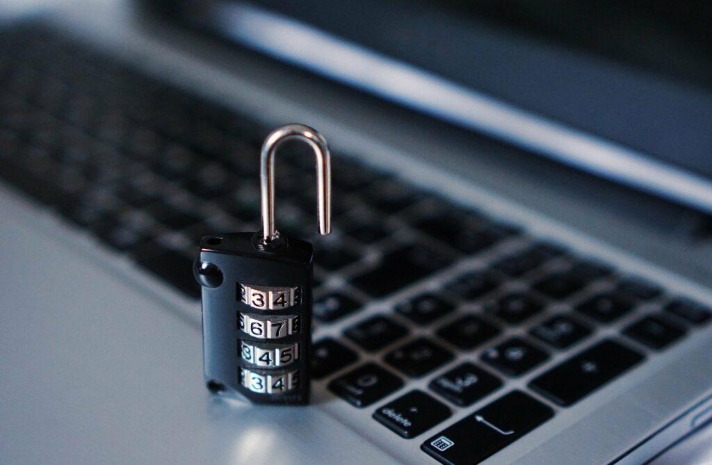 seguridad del sistema operativo linux